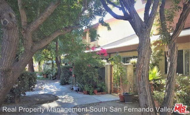 8435 Columbus Avenue #6, North Hills, CA 91343 (#19485932) :: Bob Kelly Team