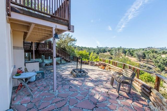 5503 Whispering Pines Lane, Paso Robles, CA 93446 (#NS19161068) :: RE/MAX Parkside Real Estate
