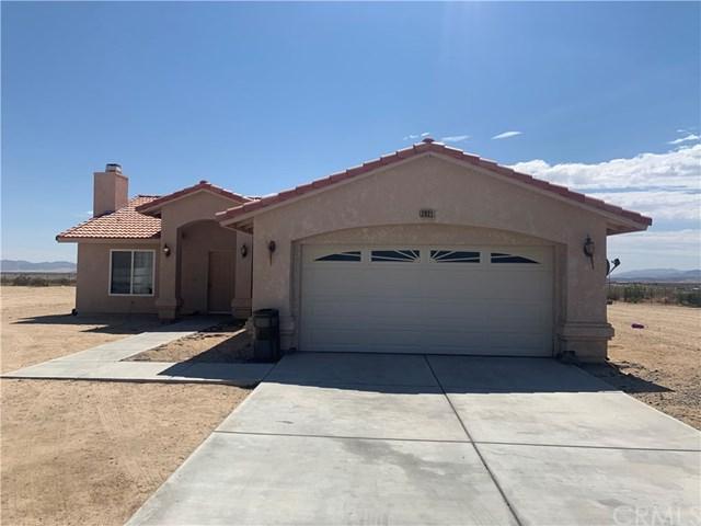 2021 Border Avenue, Joshua Tree, CA 92252 (#JT19161683) :: Allison James Estates and Homes