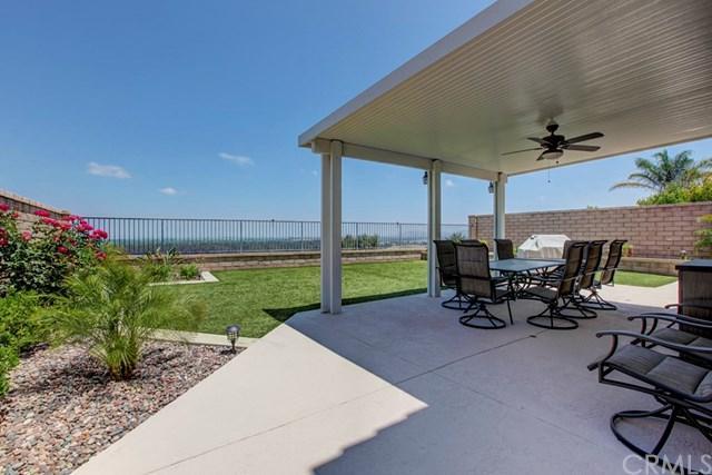 3255 Braemar Lane, Corona, CA 92882 (#OC19162453) :: Heller The Home Seller
