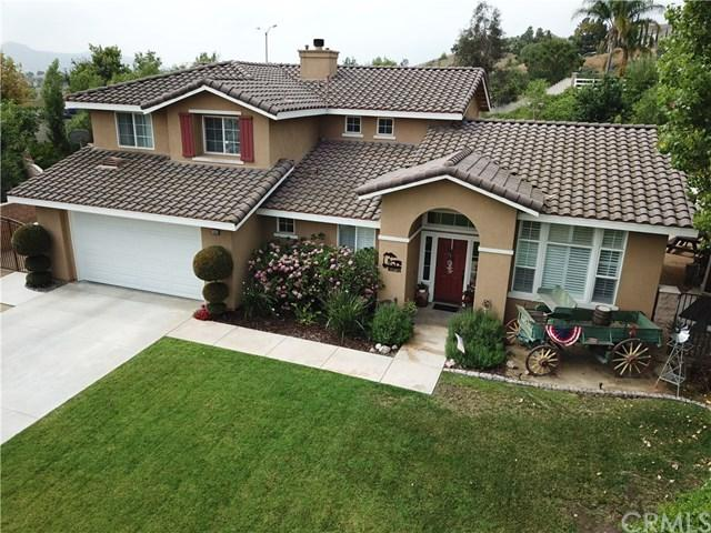 1043 Santa Fe Way, Norco, CA 92860 (#IG19161197) :: Fred Sed Group