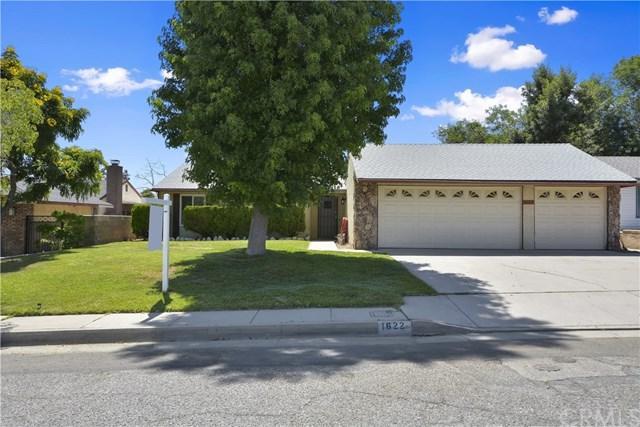 1622 Rhone Avenue, Highland, CA 92346 (#EV19158964) :: Bob Kelly Team