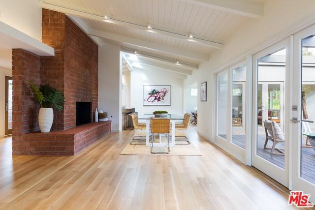 840 Hanley Avenue, Los Angeles (City), CA 90049 (#19485632) :: Go Gabby