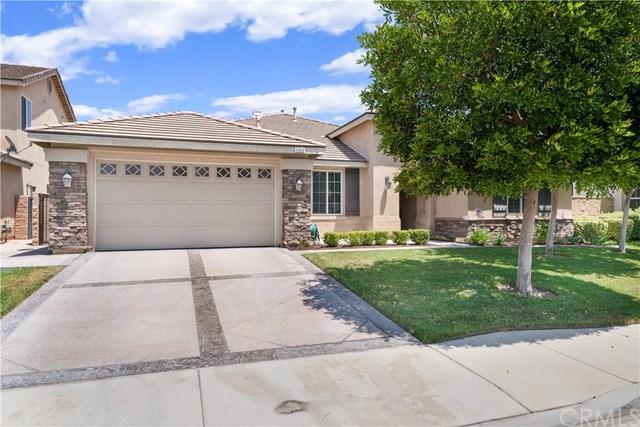 6860 Lancelot Drive, Eastvale, CA 92880 (#IV19164199) :: Allison James Estates and Homes