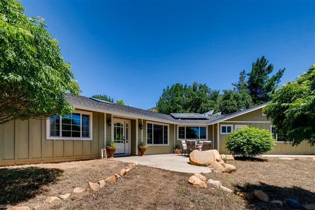20218 Deerhorn Valley Rd, Jamul, CA 91935 (#190038149) :: Steele Canyon Realty