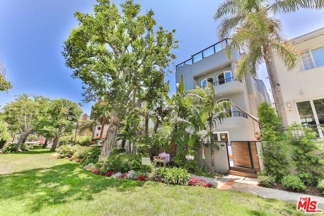 124 Reef Mall, Marina Del Rey, CA 90292 (#19487626) :: Powerhouse Real Estate