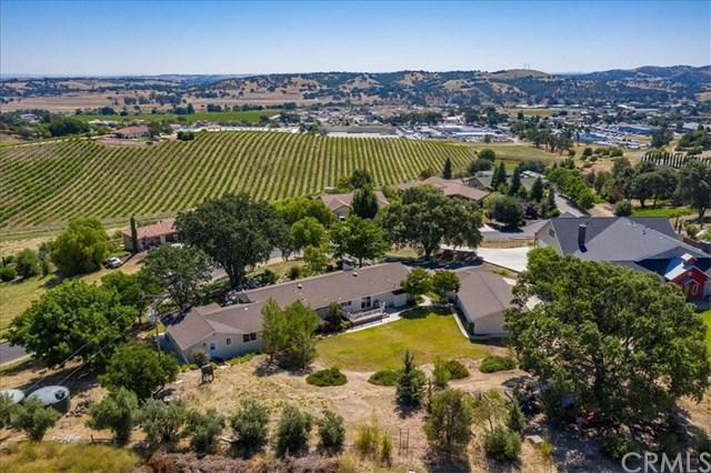 2255 Del Sol Place, Paso Robles, CA 93446 (#PI19162650) :: Rogers Realty Group/Berkshire Hathaway HomeServices California Properties