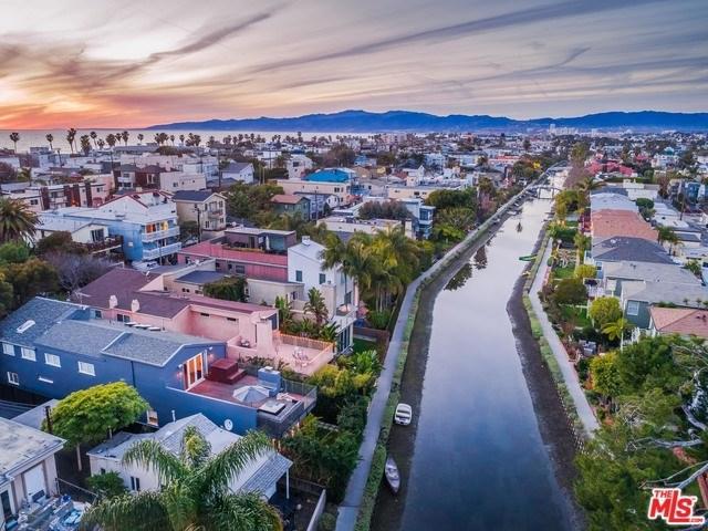 3001 Grand Canal, Venice, CA 90291 (#19488014) :: Powerhouse Real Estate