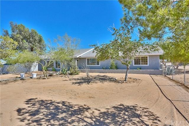62551 La Crescenta Drive, Joshua Tree, CA 92252 (#PW19165599) :: Allison James Estates and Homes
