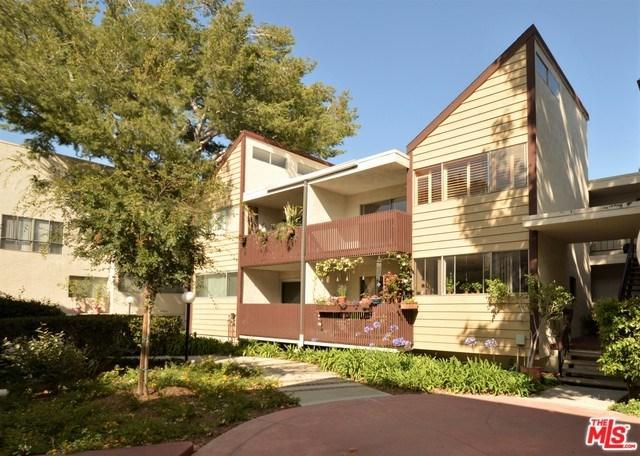 5900 Canterbury Drive K-229, Culver City, CA 90230 (#19487042) :: Abola Real Estate Group