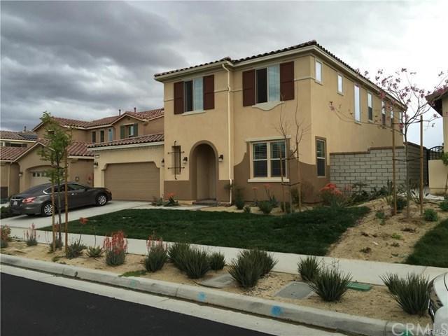 13347 Los Robles Court, Eastvale, CA 92880 (#TR19165886) :: Allison James Estates and Homes
