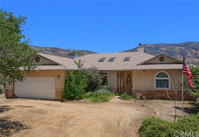 4941 Bear Valley Road, Mariposa, CA 95338 (#FR19166018) :: Millman Team