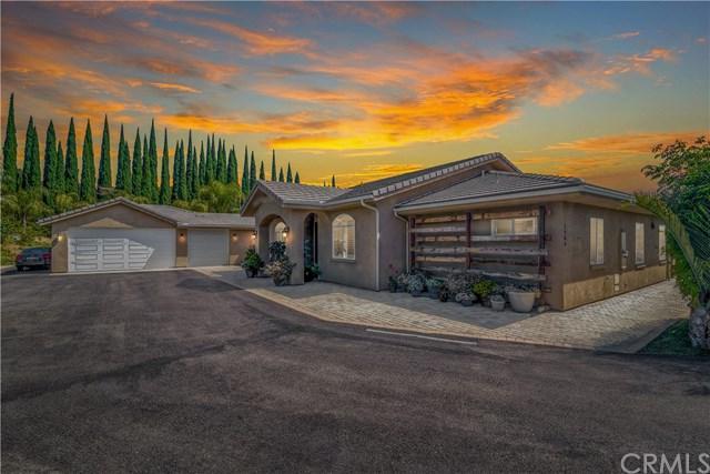 1986 Grey Rabbit Hollow Lane, Fallbrook, CA 92028 (#ND19166092) :: Allison James Estates and Homes