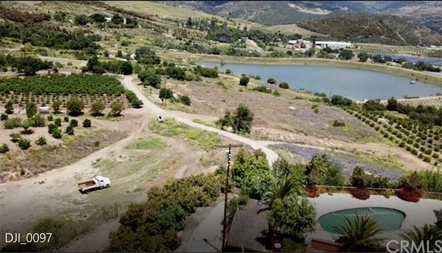 40160 De Luz Road, Fallbrook, CA 92028 (#DW19166100) :: Allison James Estates and Homes