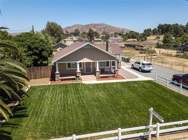 2777 Sierra Avenue, Norco, CA 92860 (#IG19157796) :: Fred Sed Group