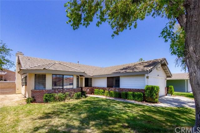 12760 Spring Valley, Victorville, CA 92395 (#IG19140912) :: Bob Kelly Team