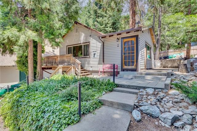 9521 Snowdrift Drive, Forest Falls, CA 92339 (#EV19166685) :: Fred Sed Group