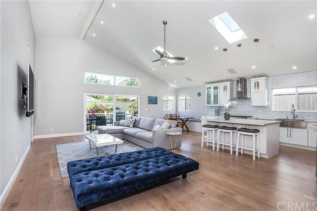 4047 Minerva Avenue, Culver City, CA 90066 (#WS19166277) :: Abola Real Estate Group