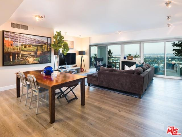 13600 Marina Pointe Drive #1208, Marina Del Rey, CA 90292 (#19488568) :: Abola Real Estate Group