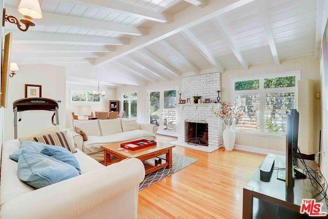 4945 Alcove Avenue, Valley Village, CA 91607 (#19488496) :: Keller Williams | Angelique Koster