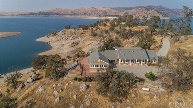 24687 Sky Harbour Road, Friant, CA 93626 (#PI19166782) :: Fred Sed Group