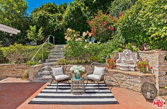 15138 Valley Vista, Sherman Oaks, CA 91403 (#19484724) :: Go Gabby