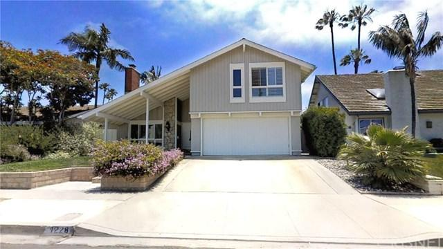 1228 Seafarer Street, Ventura, CA 93001 (#SR19146576) :: Abola Real Estate Group