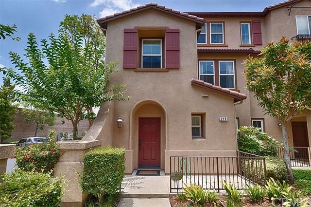 219 E Santa Fe Court, Placentia, CA 92870 (#PW19146438) :: The Darryl and JJ Jones Team
