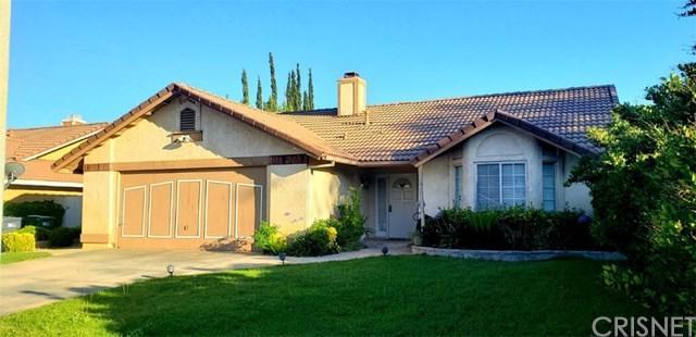 1336 Windsor Place, Palmdale, CA 93551 (#SR19167474) :: The Danae Aballi Team