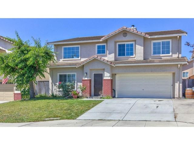 1316 New Hampshire Court, Salinas, CA 93905 (#ML81760579) :: Abola Real Estate Group