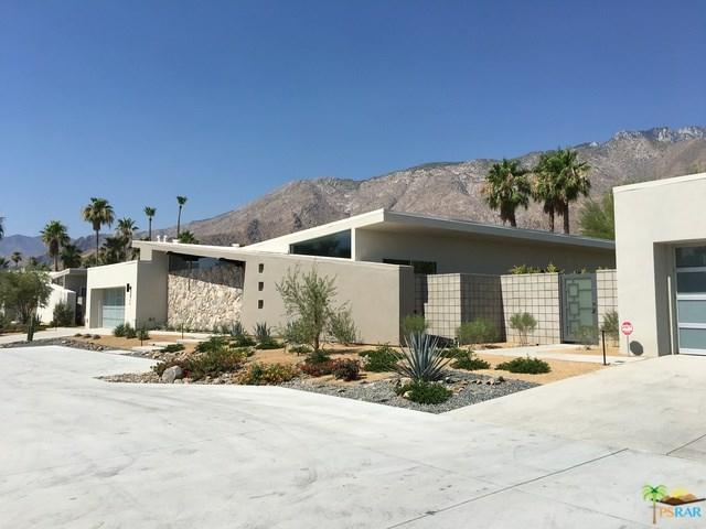 264 W Vista Chino, Palm Springs, CA 92262 (#19488942PS) :: The Darryl and JJ Jones Team