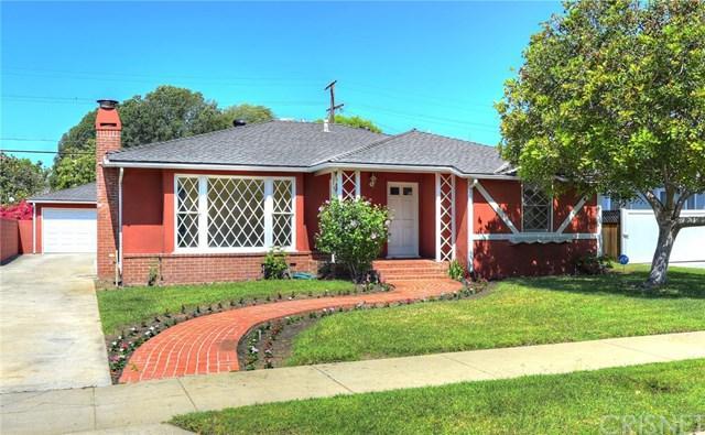 4733 Sunnyslope Avenue, Sherman Oaks, CA 91423 (#SR19166636) :: Go Gabby