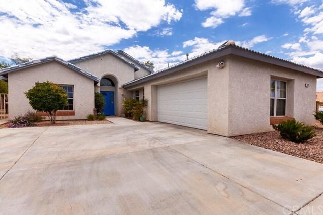 57123 Juarez Drive, Yucca Valley, CA 92284 (#JT19167440) :: The Darryl and JJ Jones Team