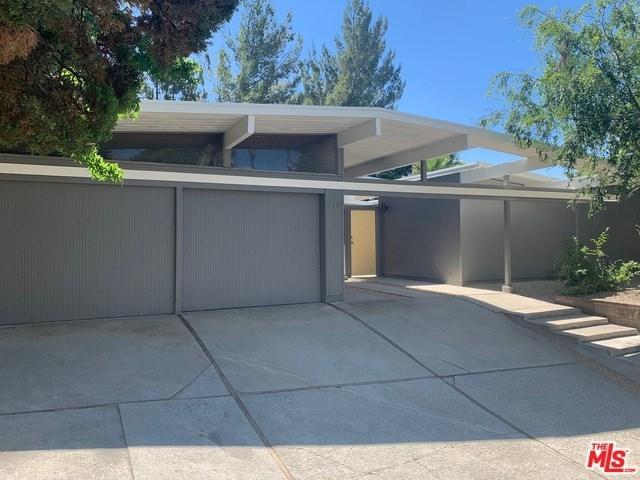 12646 Jimeno Avenue, Granada Hills, CA 91344 (#19489286) :: RE/MAX Masters
