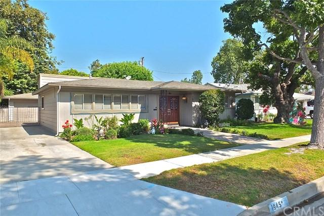 1945 Shipway Avenue, Long Beach, CA 90815 (#PW19167655) :: Fred Sed Group