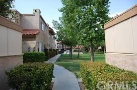 2497 W Acacia Avenue, Hemet, CA 92545 (#SW19168326) :: The Miller Group