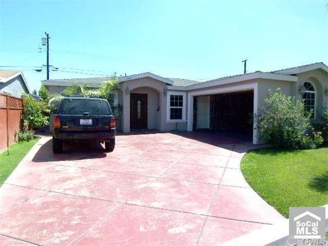 11918 205th Street, Lakewood, CA 90715 (#AR19168397) :: DSCVR Properties - Keller Williams