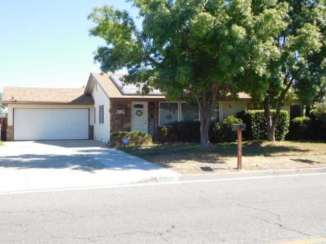40820 Acacia Avenue, Hemet, CA 92544 (#SW19168425) :: The Miller Group