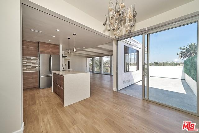 131 N Gale Drive Ph, Beverly Hills, CA 90211 (#19489390) :: Powerhouse Real Estate
