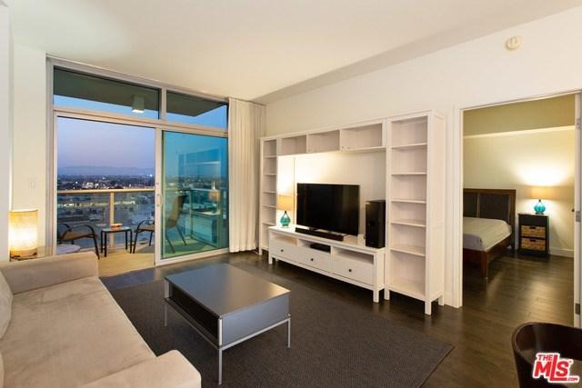 13700 Marina Pointe Drive #822, Marina Del Rey, CA 90292 (#19485882) :: Powerhouse Real Estate