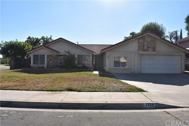 1724 N Encina Avenue, Rialto, CA 92376 (#SB19167051) :: Realty ONE Group Empire