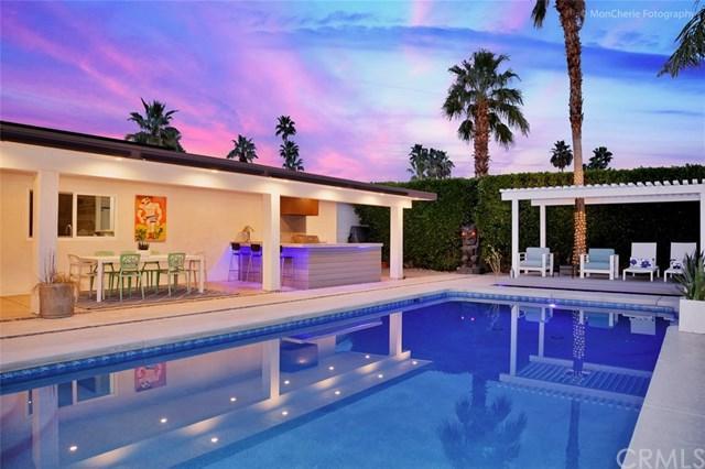 2885 E Venetia Road, Palm Springs, CA 92262 (#OC19168310) :: The Marelly Group | Compass