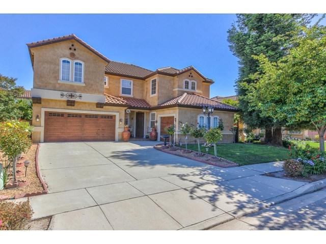 526 Wimbledon Avenue, Salinas, CA 93906 (#ML81760749) :: The Darryl and JJ Jones Team