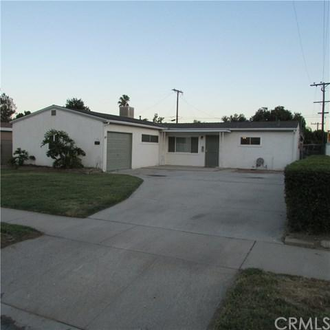 1425 W Marshall Boulevard, San Bernardino, CA 92405 (#EV19168364) :: Heller The Home Seller