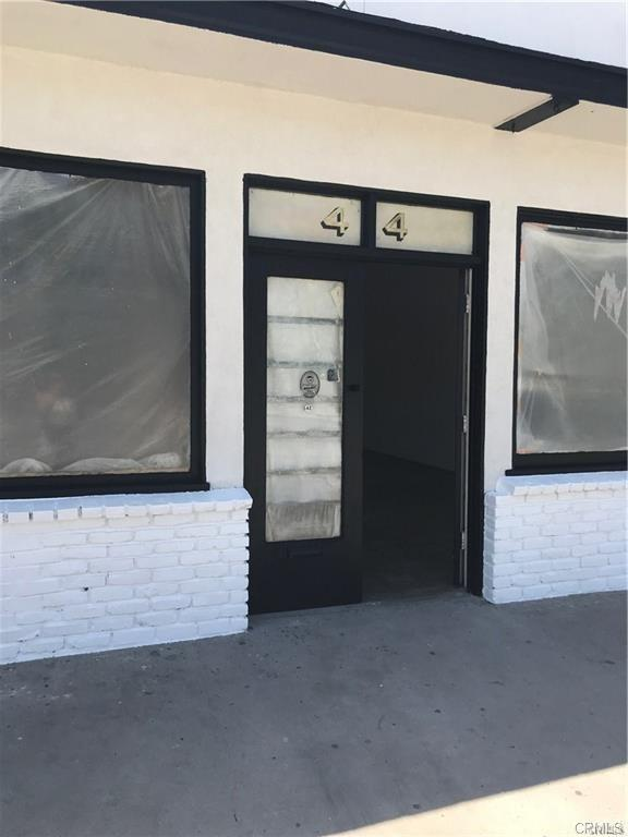 44 E Market Street, Long Beach, CA 90805 (#PW19168903) :: Z Team OC Real Estate
