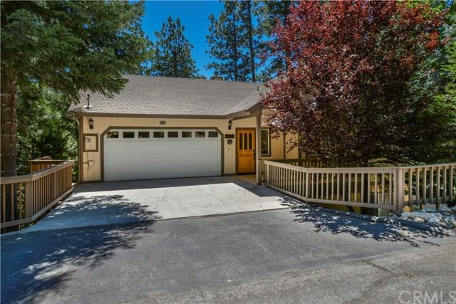 26601 Thunderbird Drive, Lake Arrowhead, CA 92391 (#EV19166880) :: Mainstreet Realtors®