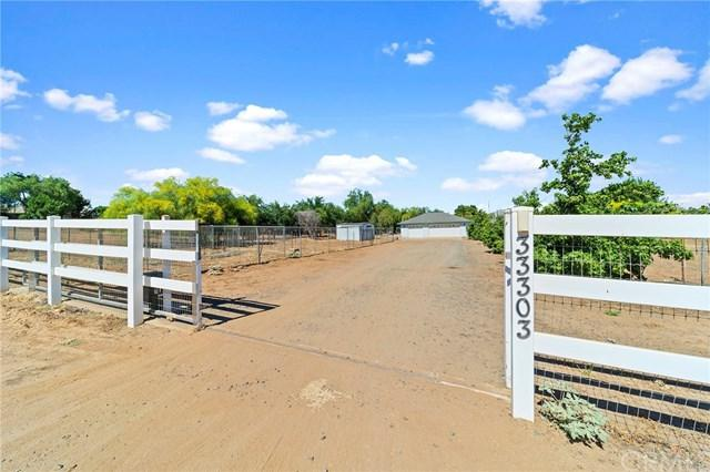 33303 Louise Road, Winchester, CA 92596 (#SW19168866) :: RE/MAX Empire Properties