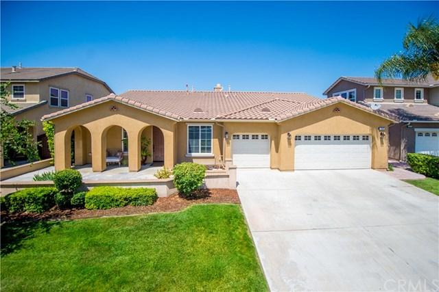 6707 Seaside Street, Eastvale, CA 92880 (#TR19169013) :: Rogers Realty Group/Berkshire Hathaway HomeServices California Properties