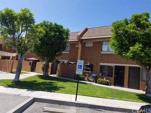 14025 Anderson Street G, Paramount, CA 90723 (#RS19169212) :: California Realty Experts