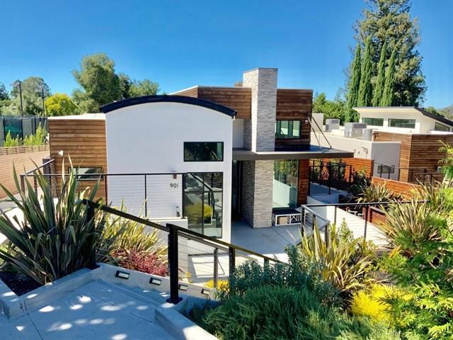901 Loyola Drive, Los Altos, CA 94024 (#ML81760817) :: Heller The Home Seller